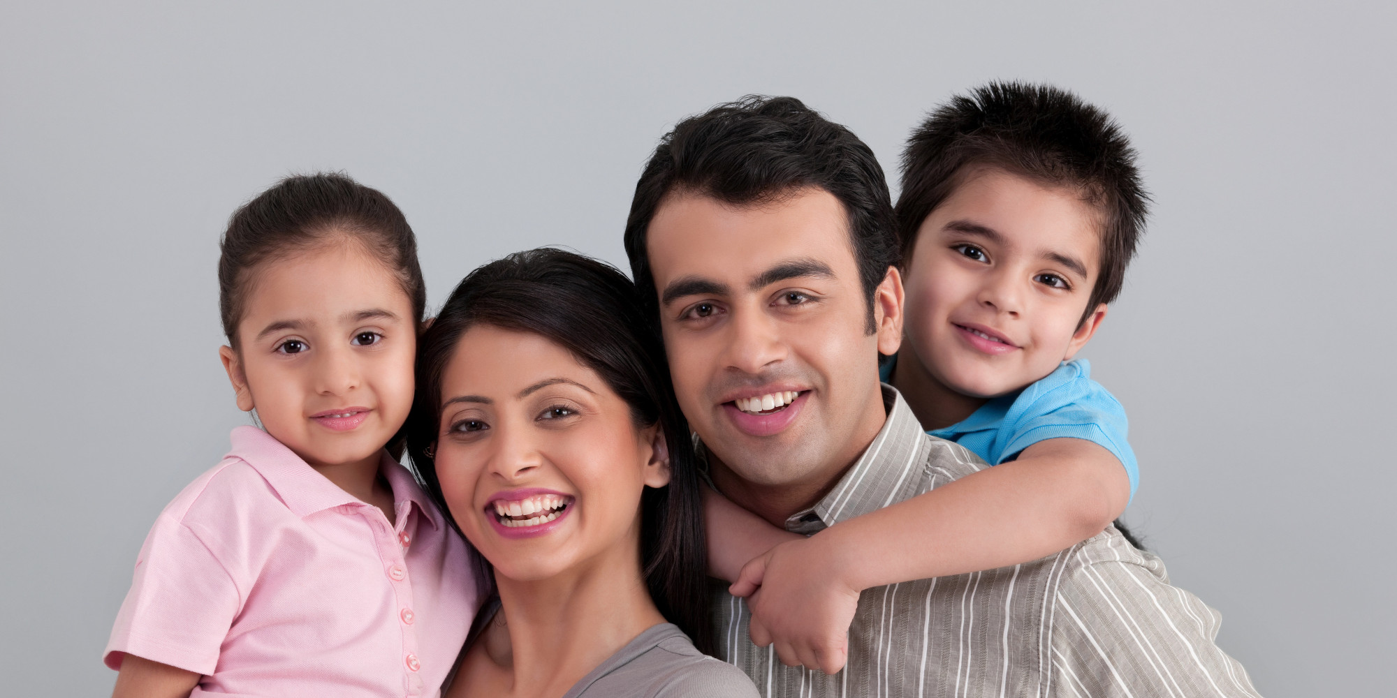 advantages of living with paents in A change in status of aging parents like forgetfulness, wandering (or fear of leaving home), or poor housekeeping and hygiene habits, etc, calls for adult children to look into alternative living arrangements to ensure their parents' health and safety.